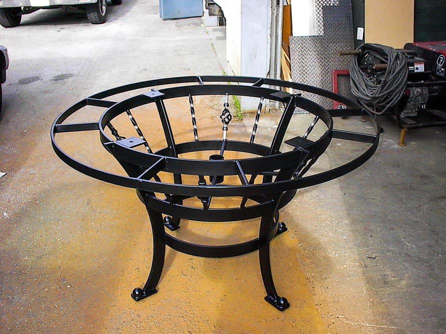 custom-round-table-furniture