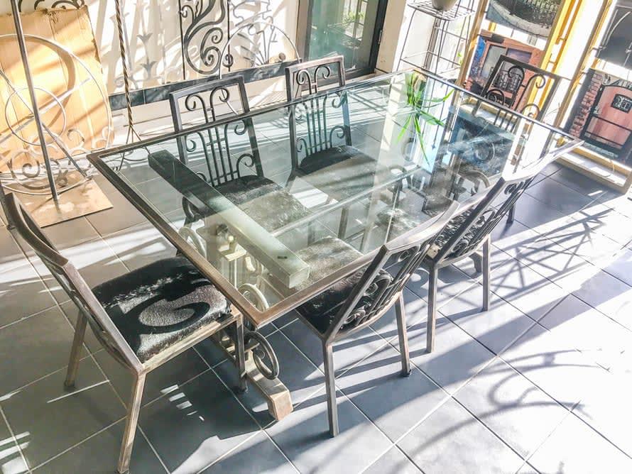 custom-table-design