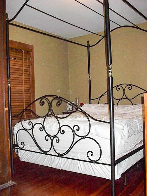 iron-age-custom-bedroom-furniture